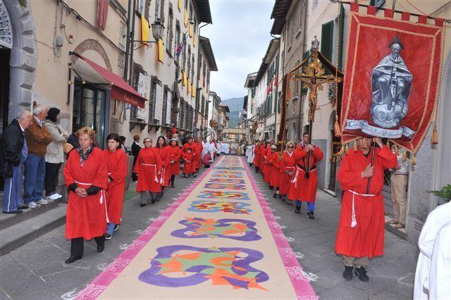 18---la-processione-del-mattino-01