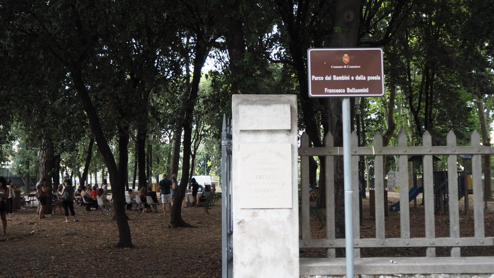 21 marzo giornata mondiale della Poesia: il Comune di Camaiore scopre la statua dedicata all'eminente poeta Francesco Belluomini