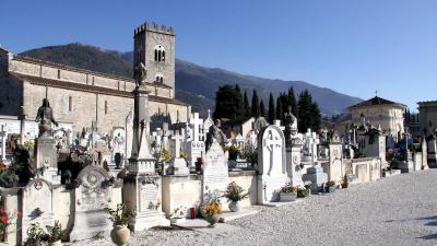 Riapertura cimiteri nel Comune di Camaiore
