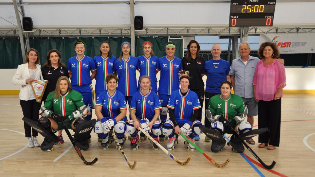 Saluti alla nazionale femminile italiana di Hockey su pista in partenza per i Campionati Europei