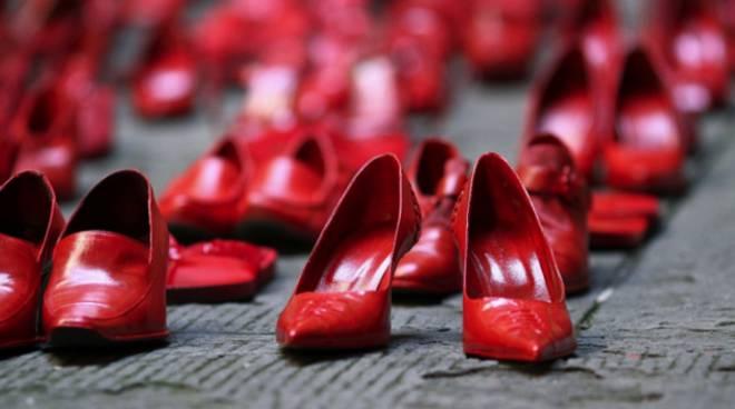 Flash mob per celebrare la Giornata Internazionale per l'eliminazione della violenza contro le donne 2018