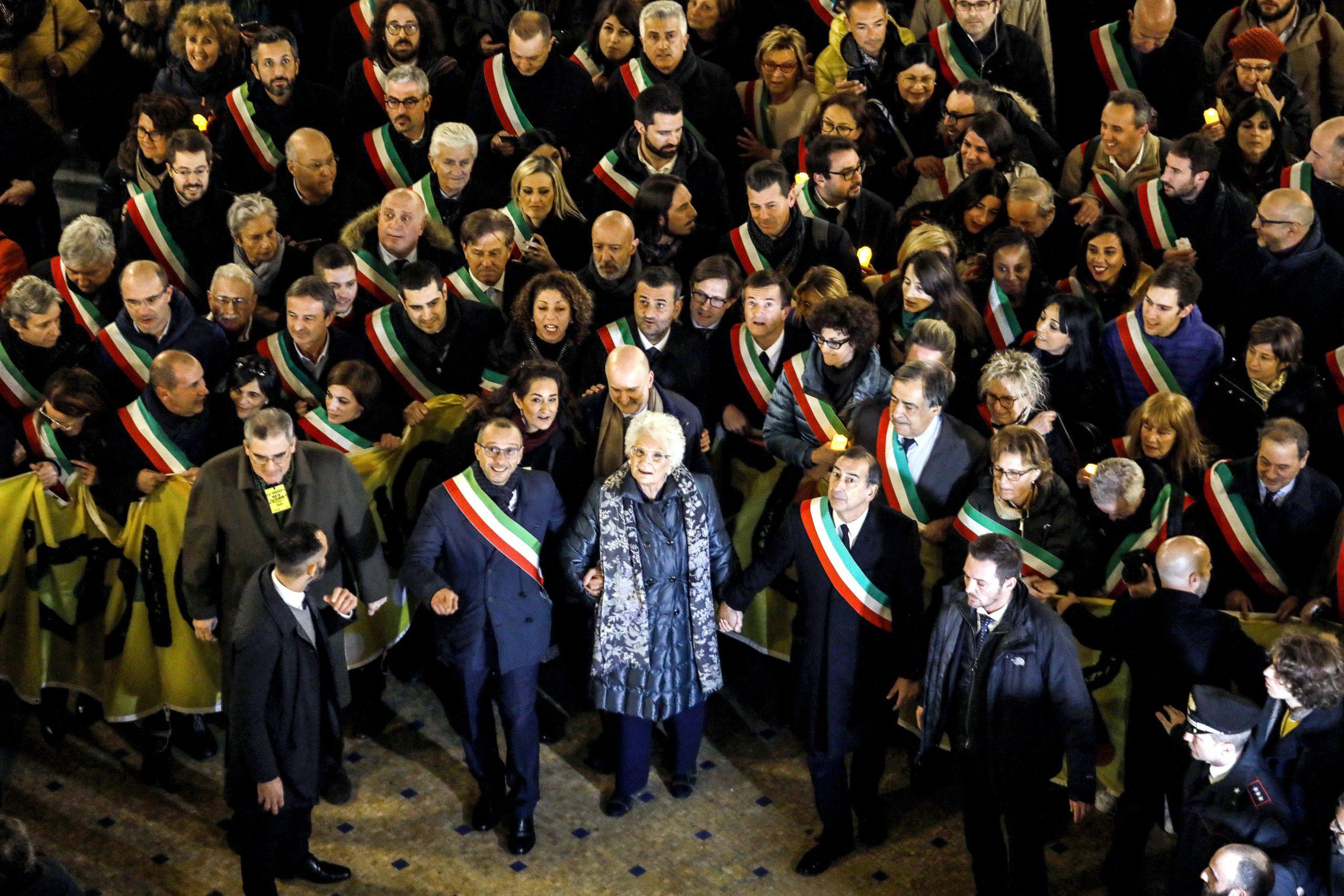 """Delegazione del Comune di Camaiore partecipa alla manifestazione """"L'odio non ha futuro"""""""""""