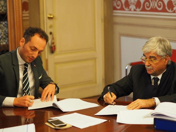 Firmato il protocollo d'intesa per la retrocessione al Comune della gestione dei parcheggi a pagamento
